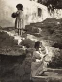 """Jacques Léonard, """"Escales del Passatge de la Vinyeta"""", c.1962, Barcelona, Vintage, 23,7 x 17,7 cm ©Arxiu Família Jacques Léonard"""